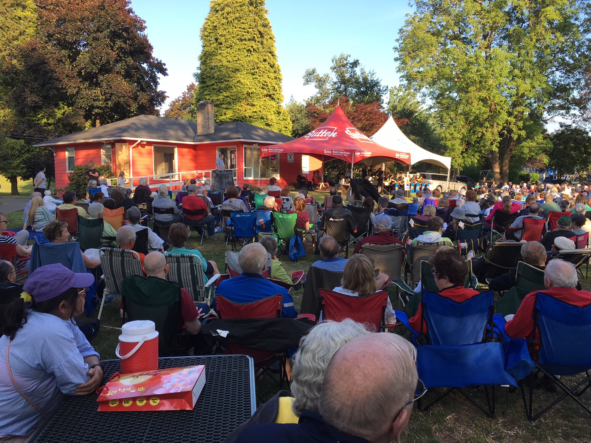 The Abbotsford Arts Council presents its summer Mill Lake Concert Series